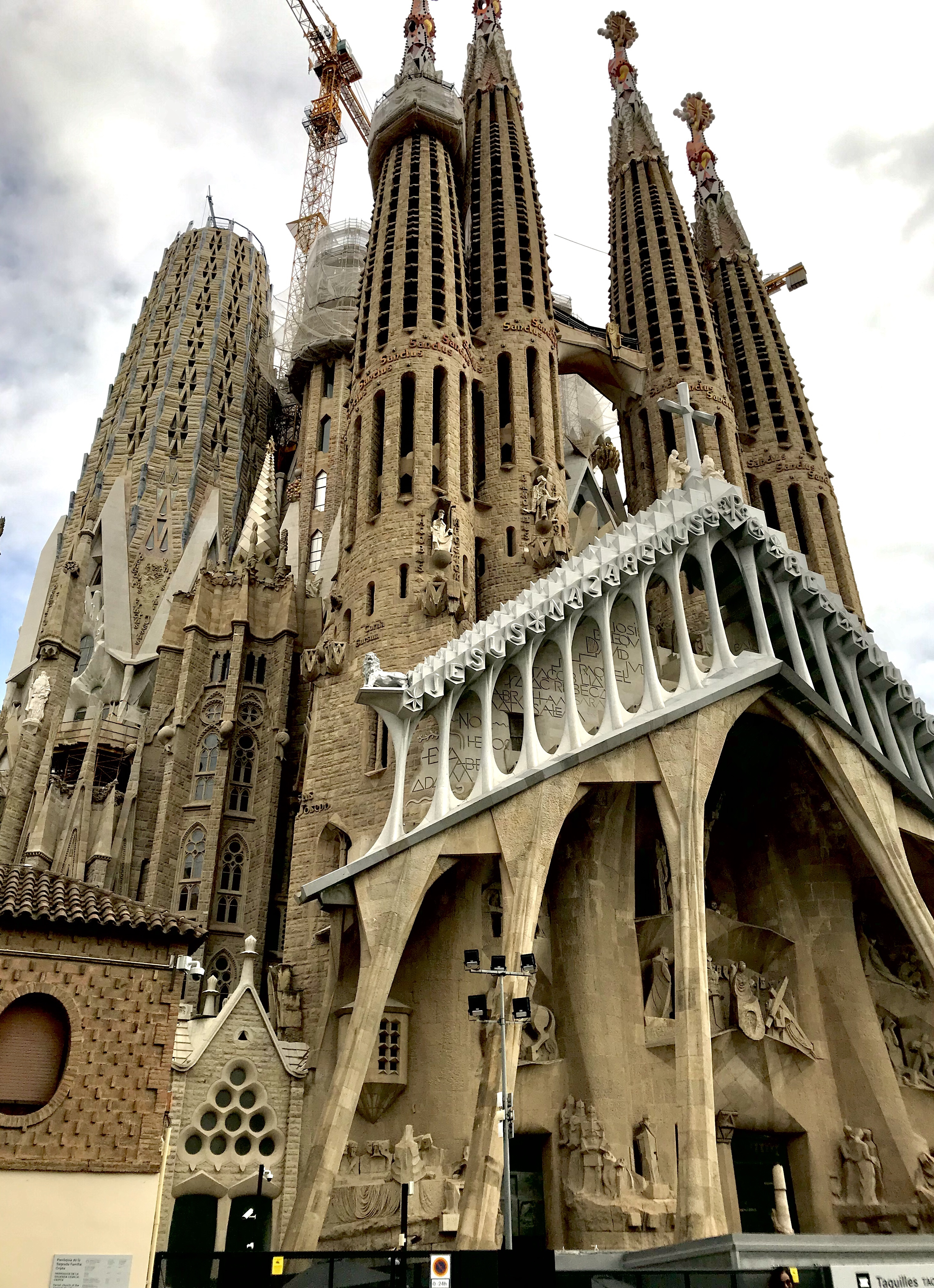 Barcelona Gaudi Sagrada Familia 2 Belle in Transit